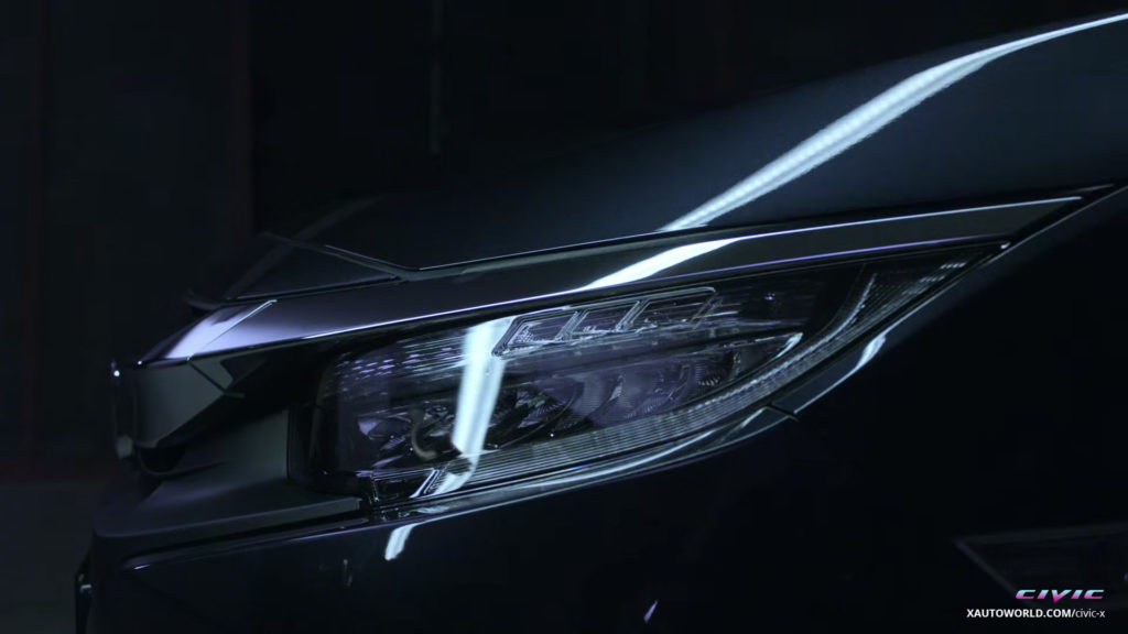 2016 Civic Touring LED Headlamps Close-Up