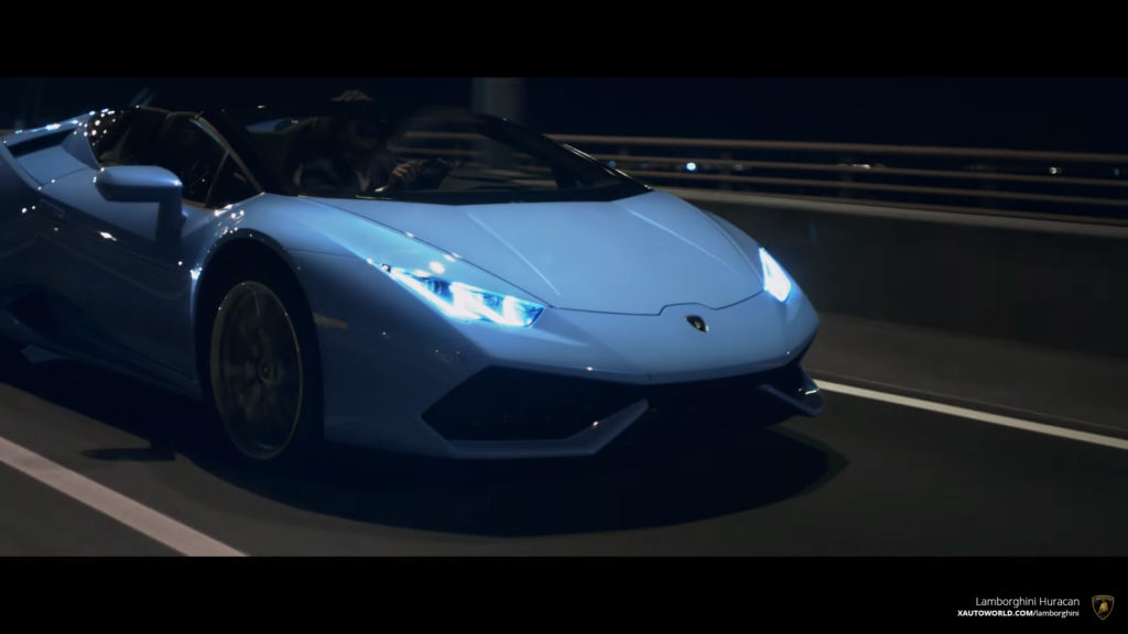 Smurf Blue Huracan Spyder At Night