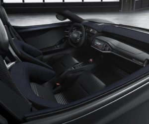 2017 Ford GT - Interior Light Speed