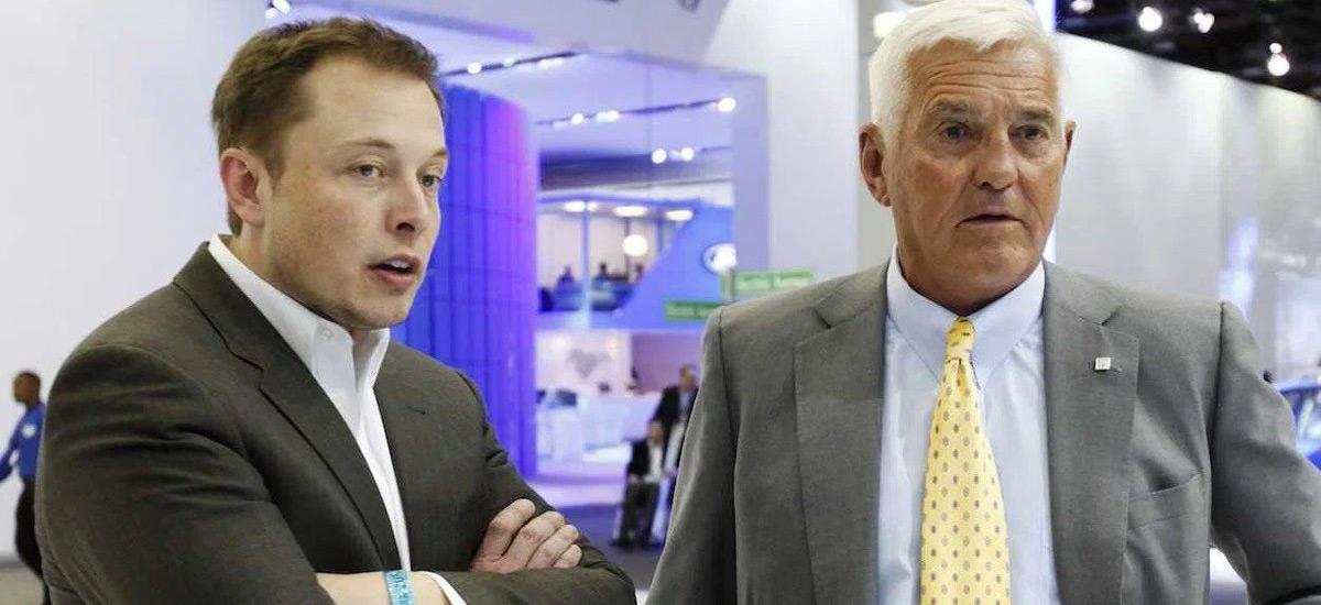 Elon Musk vs Bob Lutz