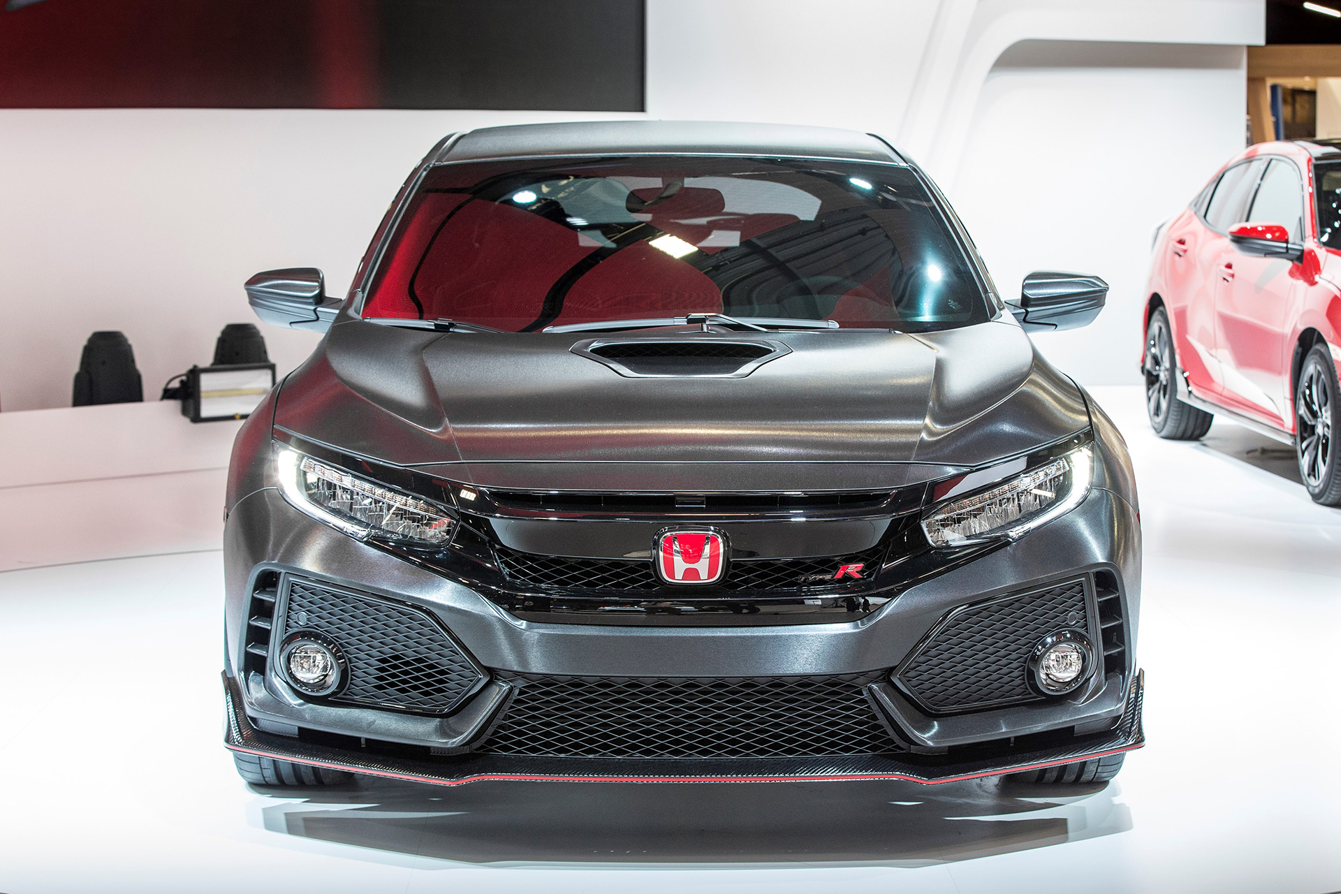 ... 2017 Civic Type R Front View ...