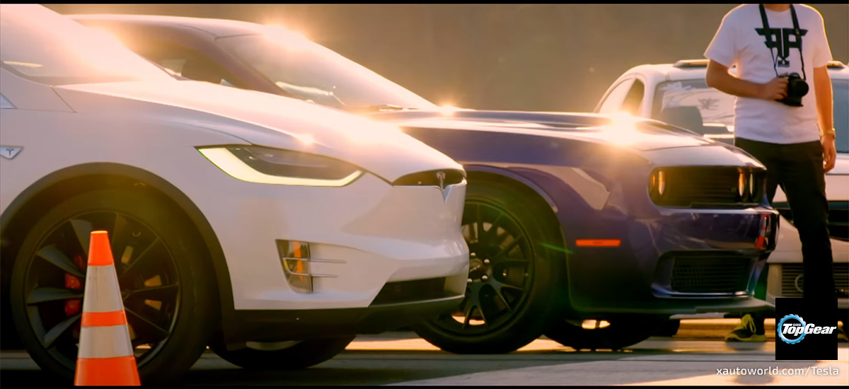 Model X vs Hellcat Drag Race