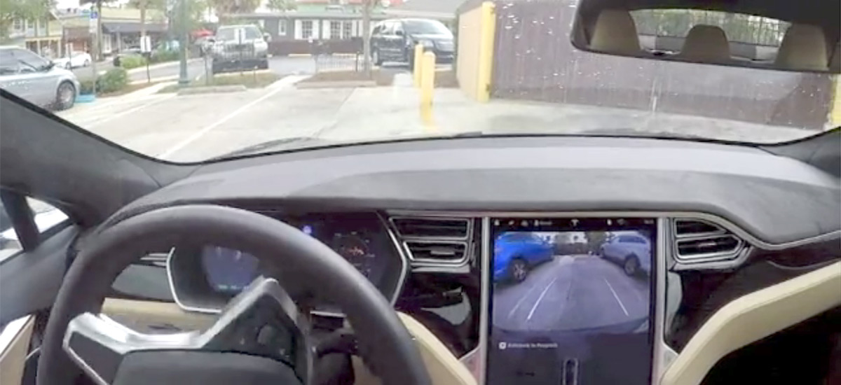 Tesla Autopilot 2.0 'Silky Smooth' update tested (17.17.4 )