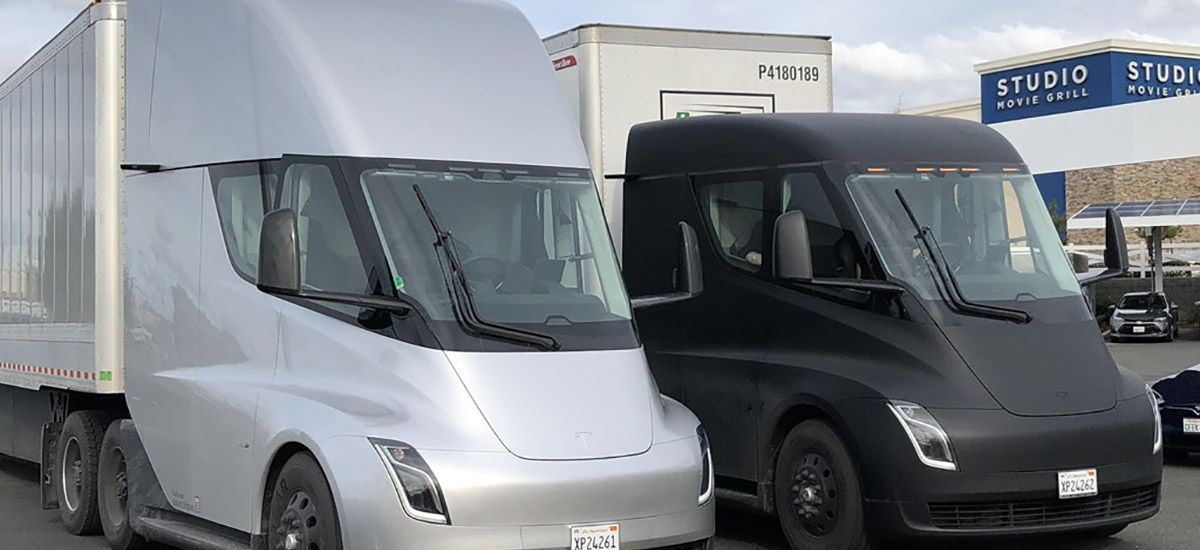 Tesla Semi Supercharger