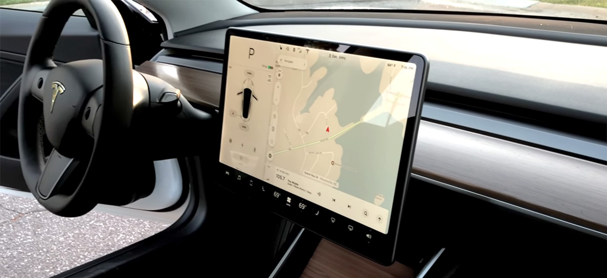 removing tesla model 3 dash wood trim for repaint and looking inside