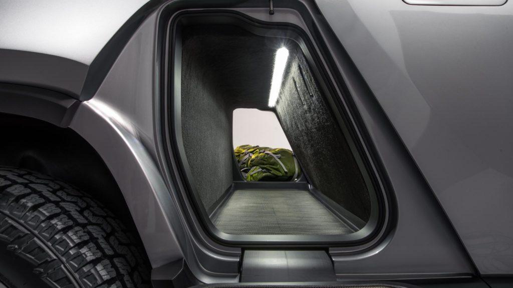 Rivian R1T Gear Tunnel