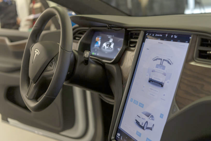 Basel City Police's Tesla Model X 100D - Center Touchscreen