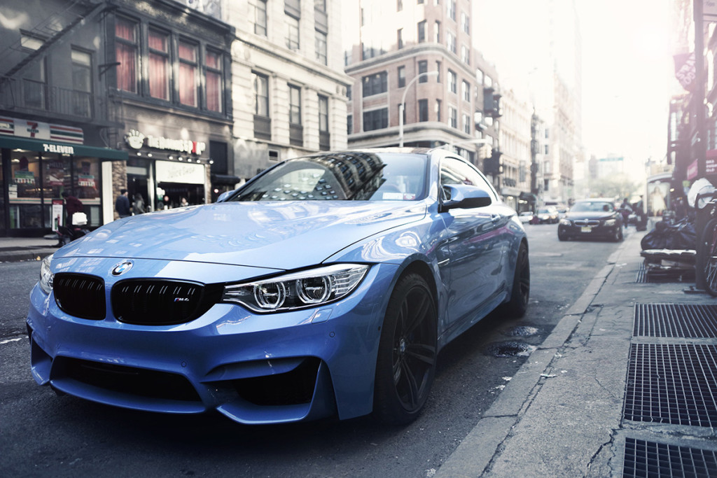 bmw-m4-smurf-blue