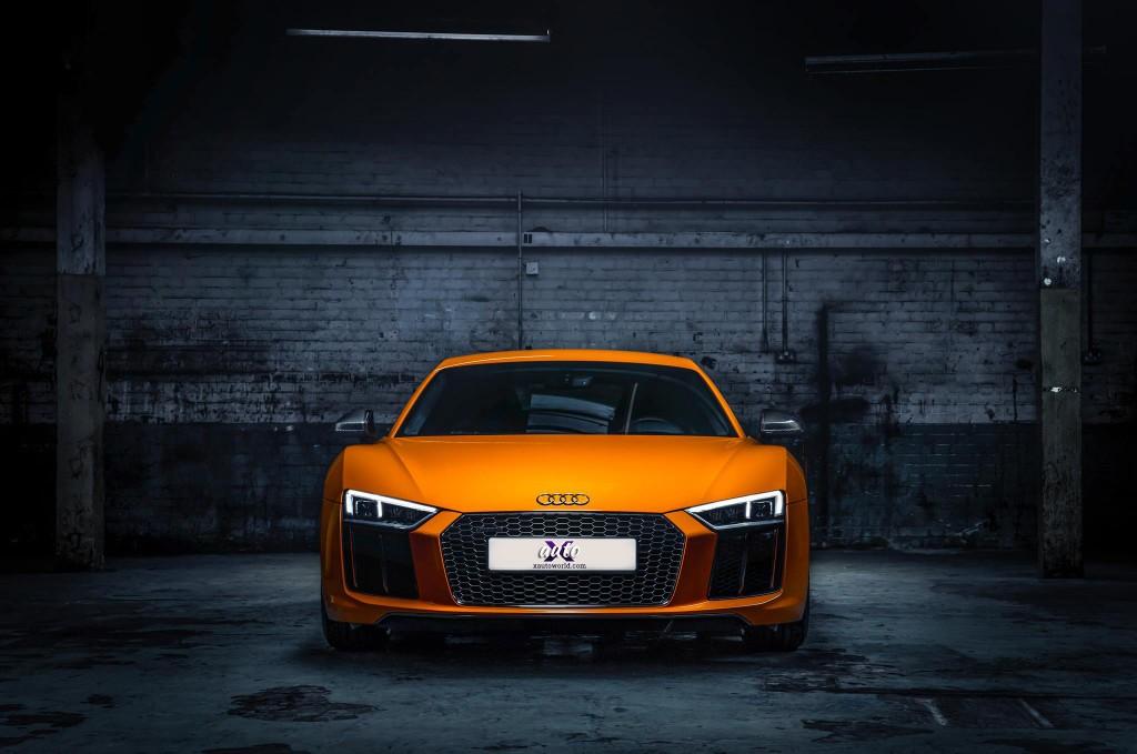 Audi R8 Front View