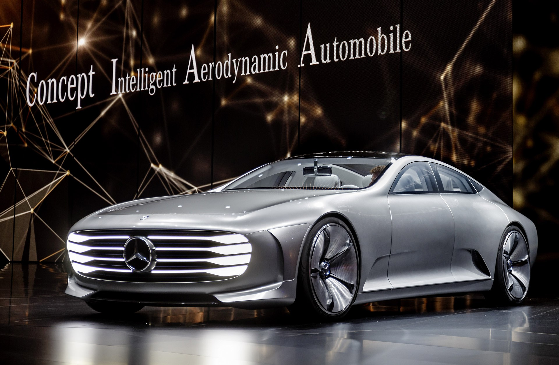 Concept Intelligent Aerodynamic Automobile