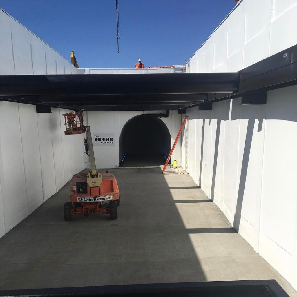 First tunnel under LA by The Boring Company