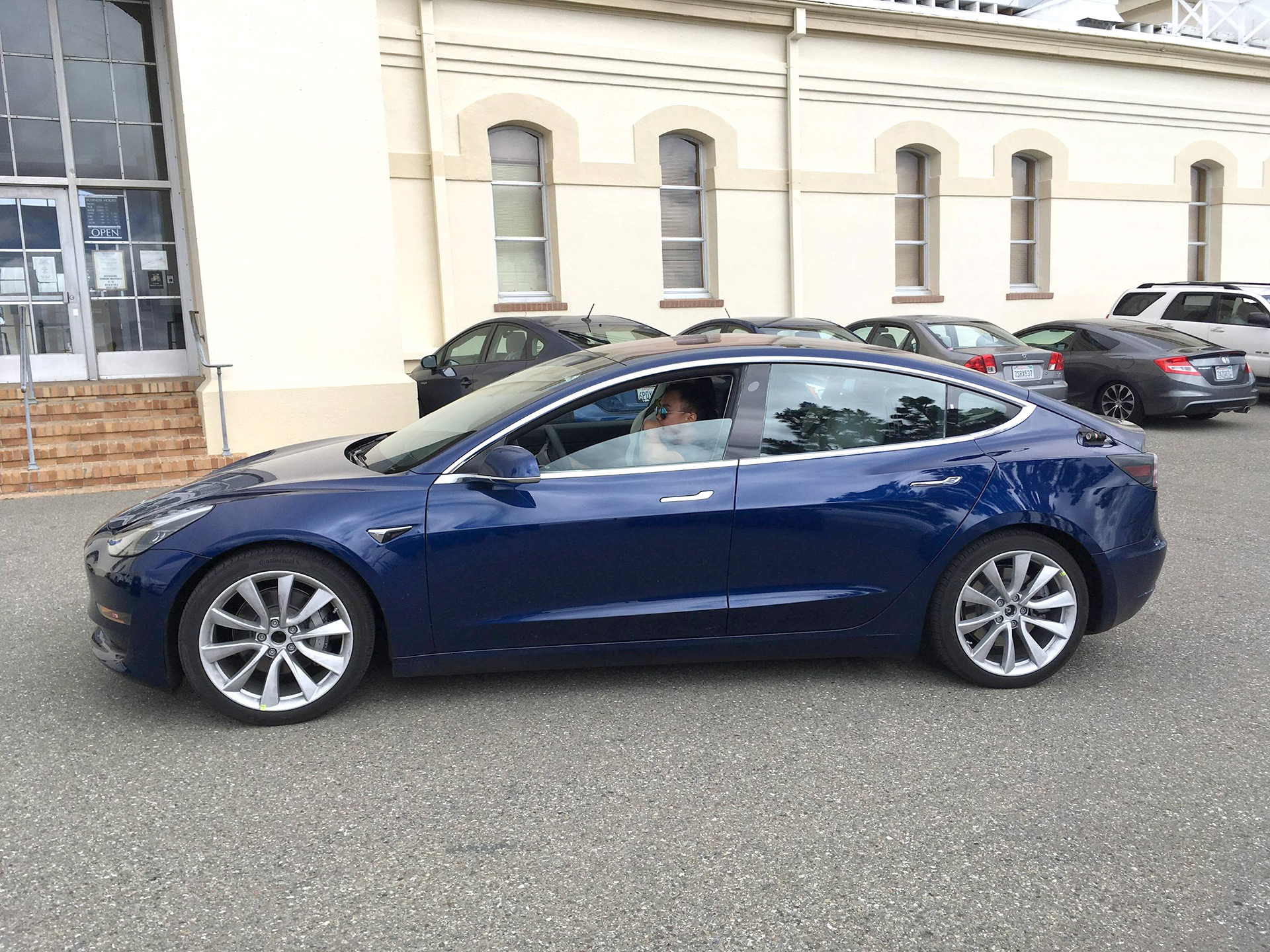 Blue Tesla Model 3 release candidate going for test drive