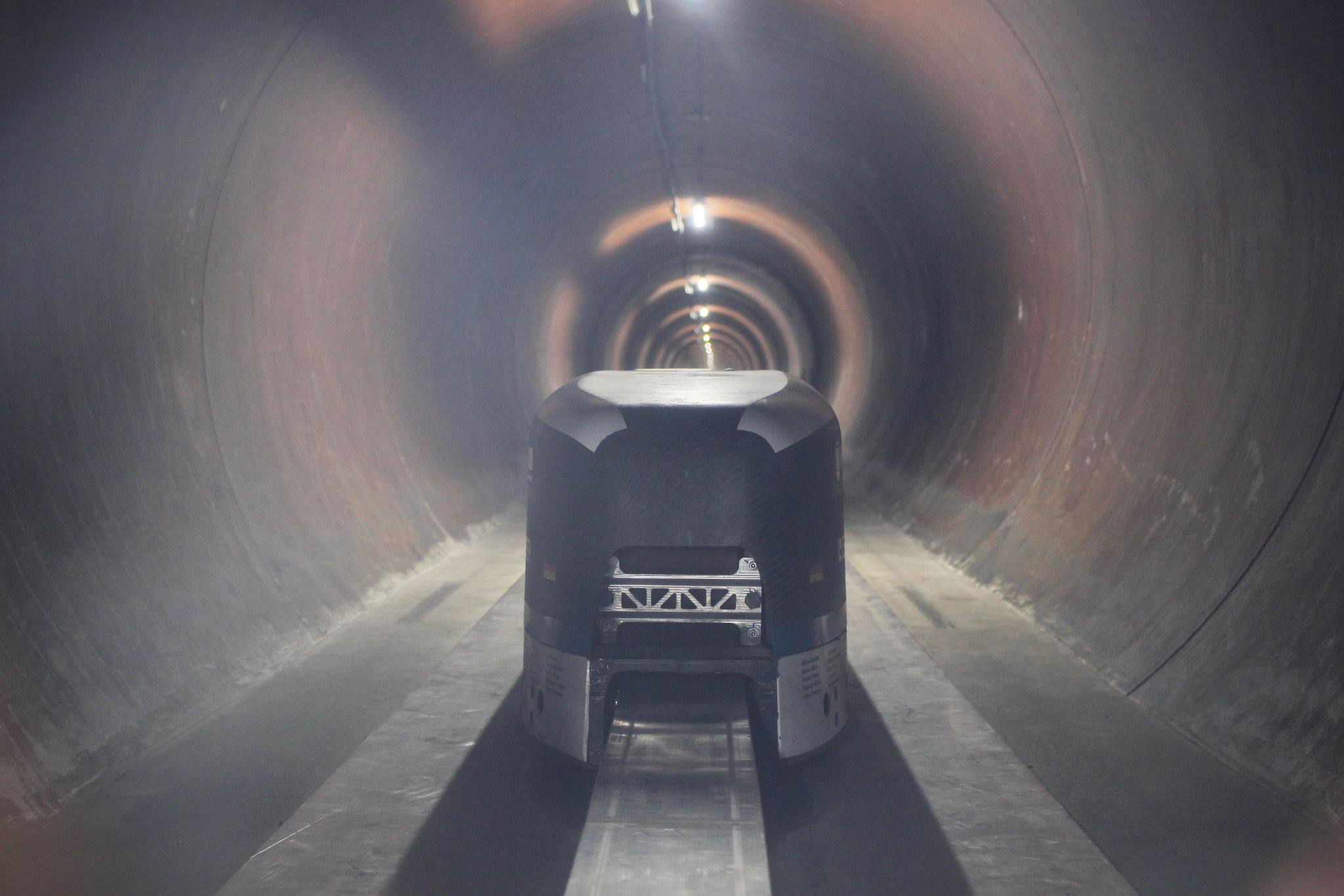 WARR Hyperloop pod inside the test tunnel