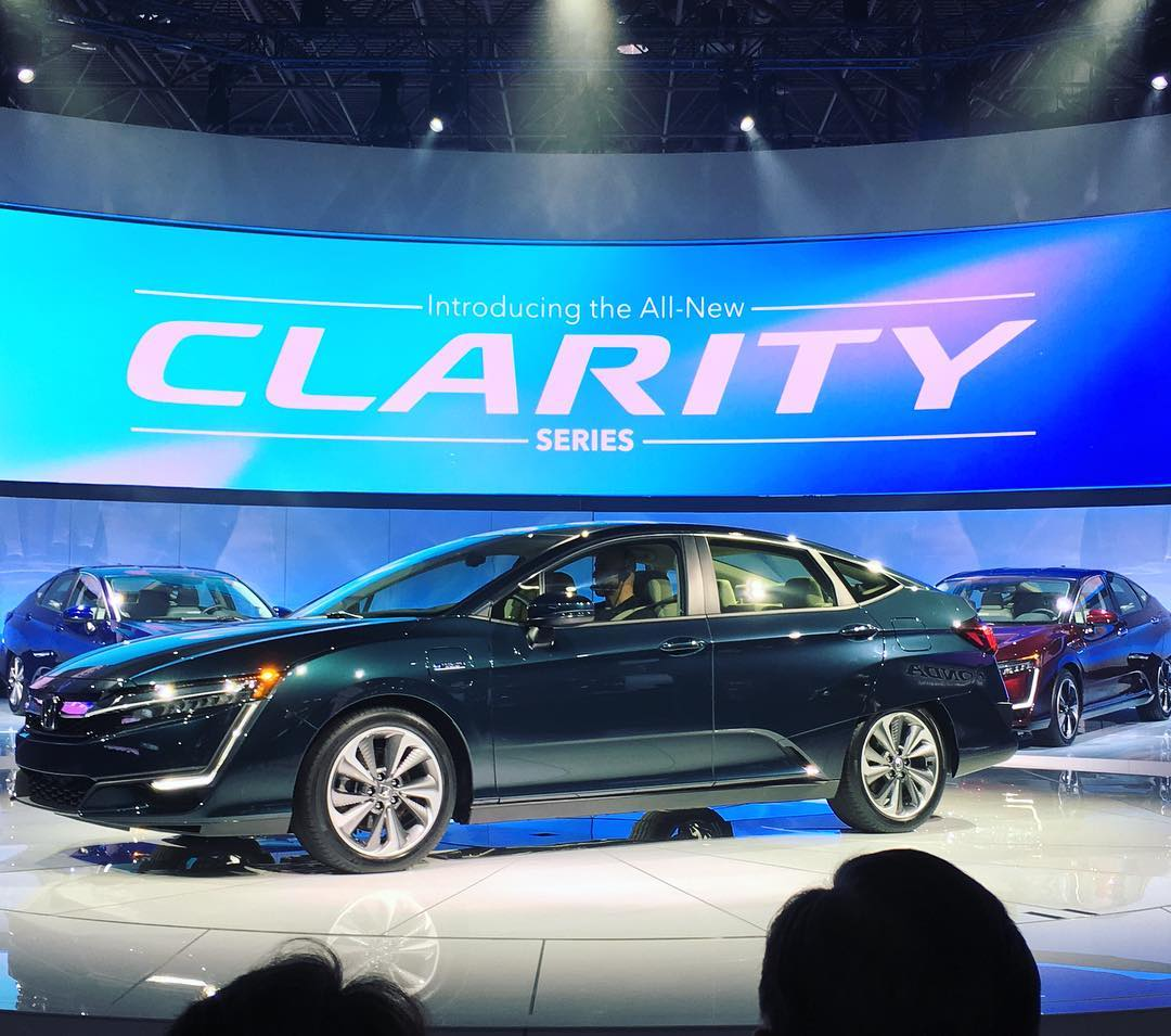 Honda Clarity Hydrogen Fuel Cell - New York International Auto Show 2017