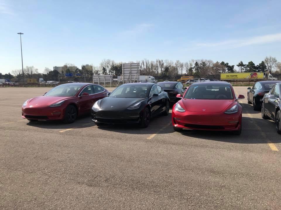 First batch of Tesla Model 3s land in Toronto - X Auto