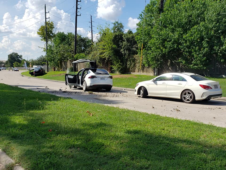 Tesla Model X after hit by a plane