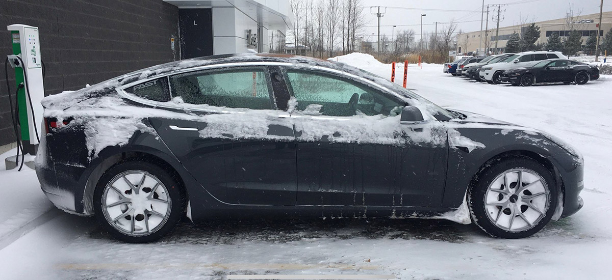 Tesla Model 3 in freezing cold weather