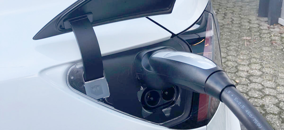 Tesla Model 3 spotted charging via CCS Port in Netherlands