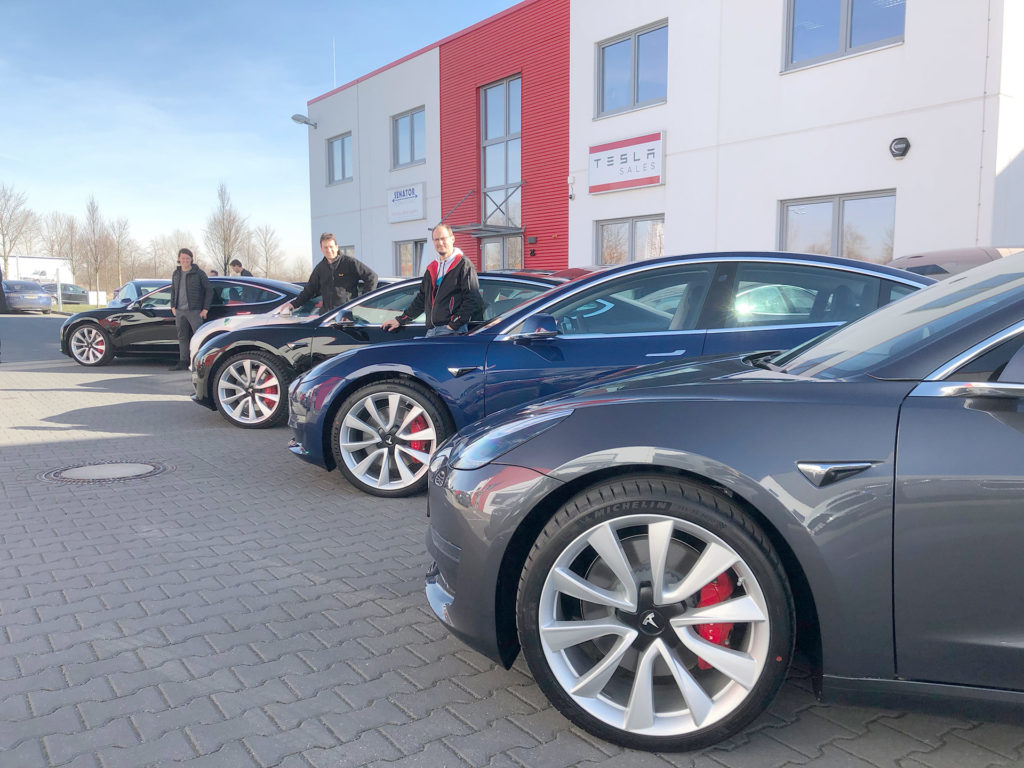 Four Tesla Model 3 Performance bought by nextmove in Germany, 100 total will be added to fleet in 2019