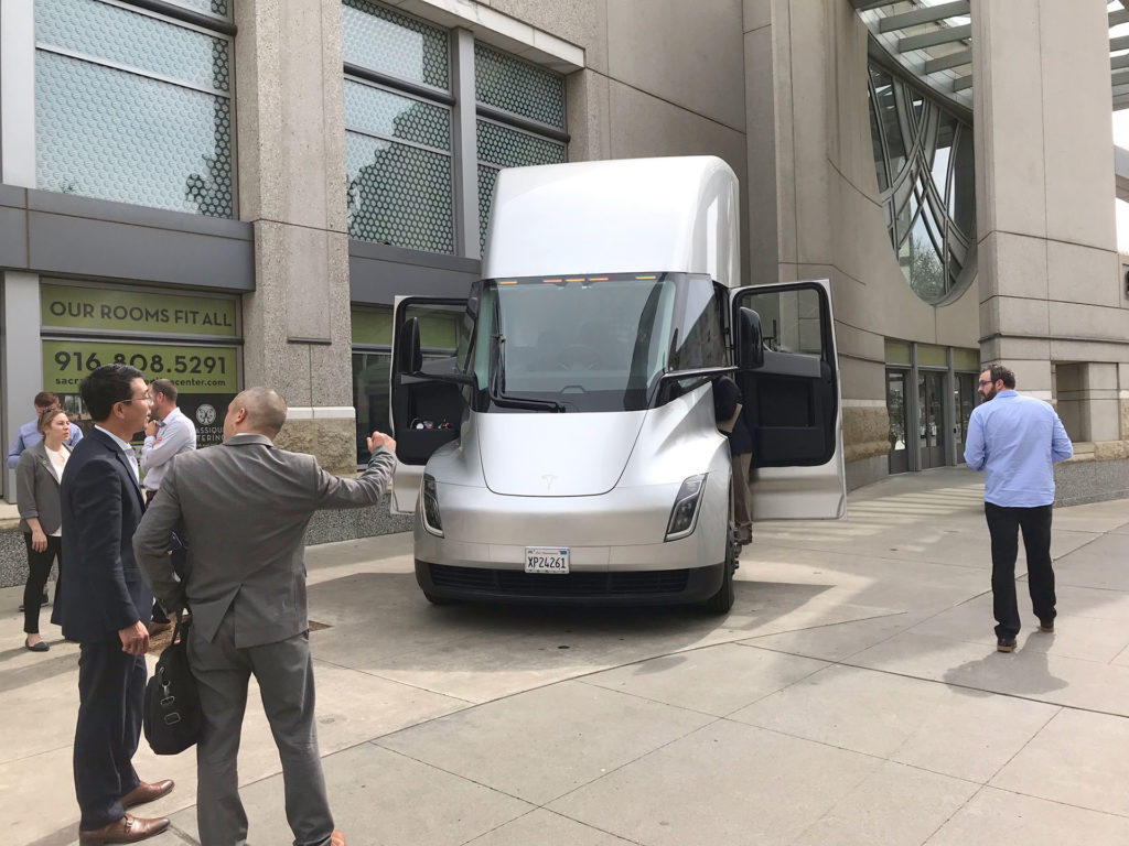Tesla Semi Truck in silver color on display in Sacramento, CA - front fascia from a distance