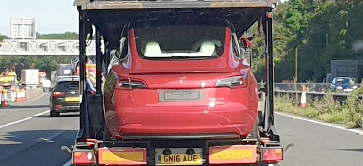The first RHD Tesla Model 3s have arrived in the UK, deliveries start next week