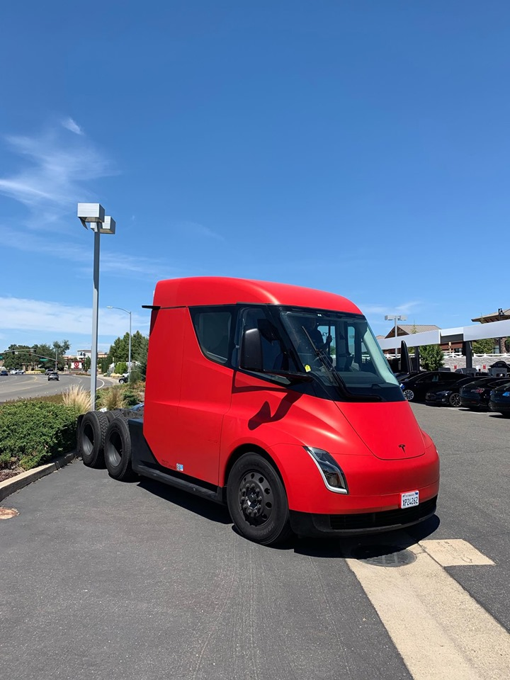 Red Tesla Semi Truck spotted in Sacramento, CA. Front shot from a distance.