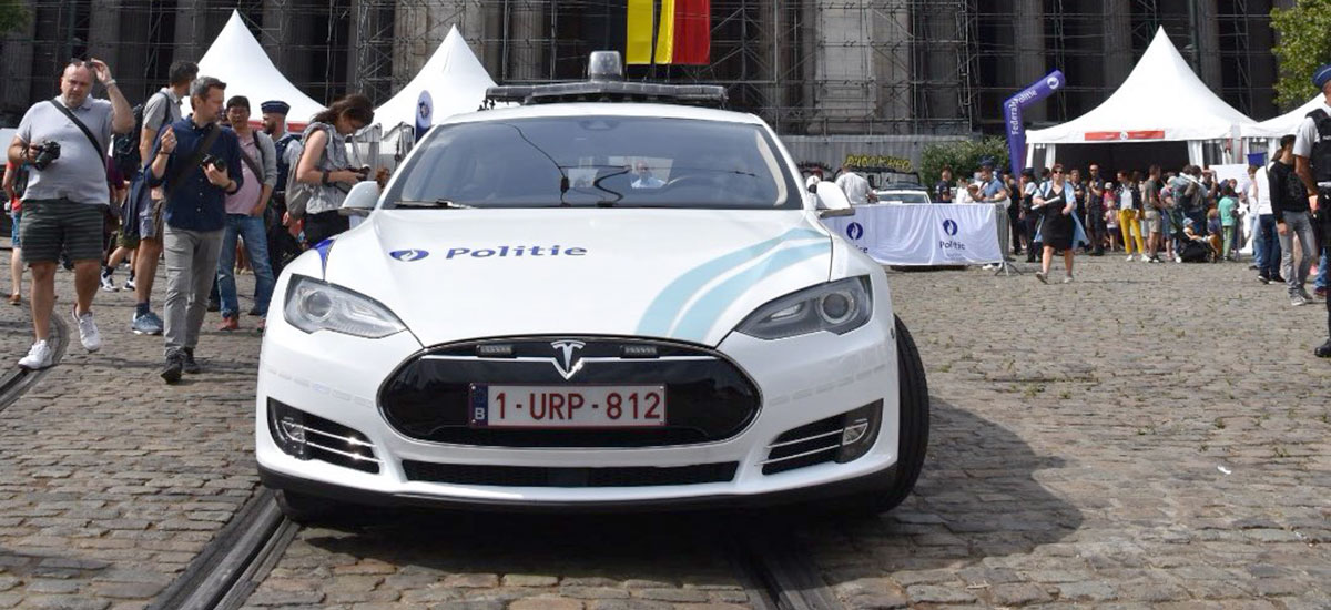 Belgian Federal Police's Tesla Model S found having a blast at the 2019 National Day celebrations