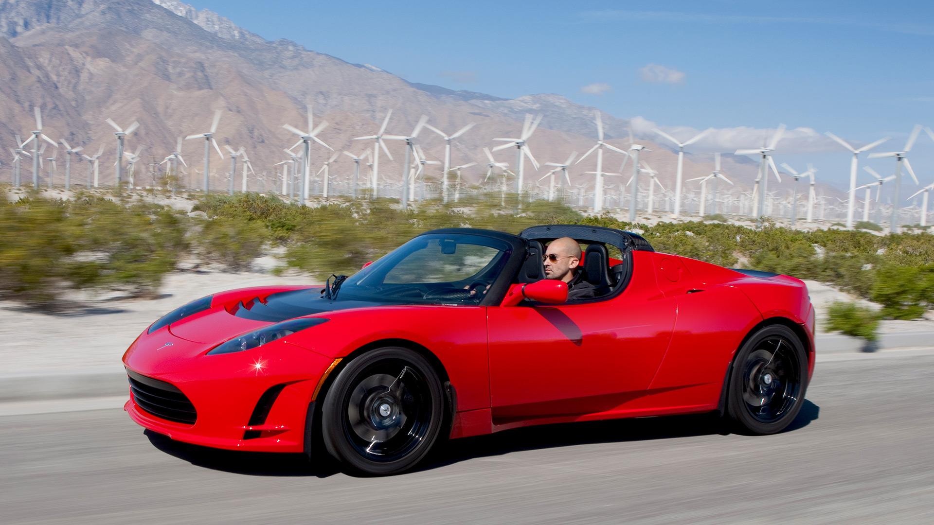Original Tesla Roadster, built on the Lotus Elise platform, inspired by the legendary EV1. Photo by: Tesla Inc.