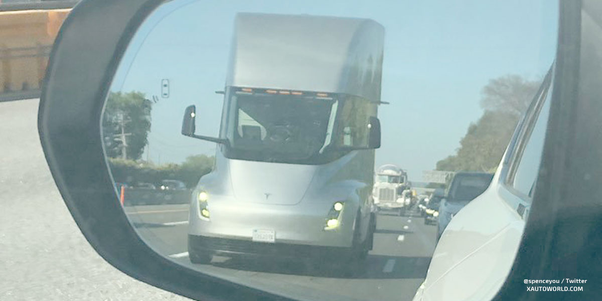Driverless Tesla Semi picture with adjusted brightness levels, if you can see a human let us know in the comments section below.