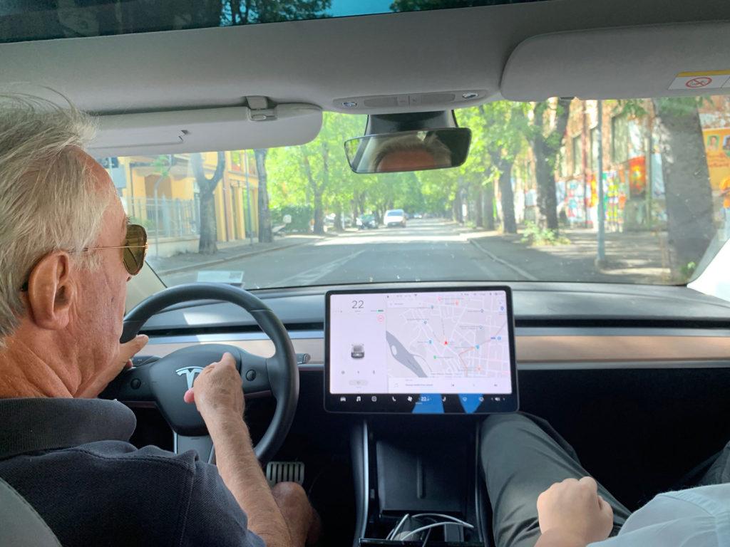 Talking about Tesla Model 3 with the legendary Ferrari driver Dario Benuzzi.