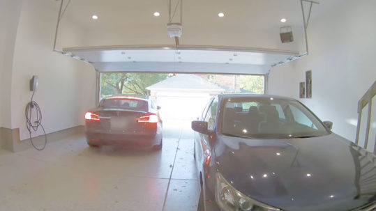 Owner damages Tesla Model S using Smart Summon in the garage.