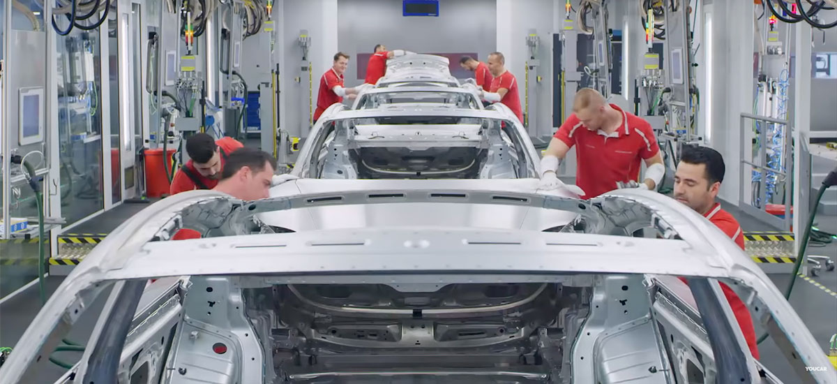 Watch the entire production process of the Porsche Taycan at the German factory