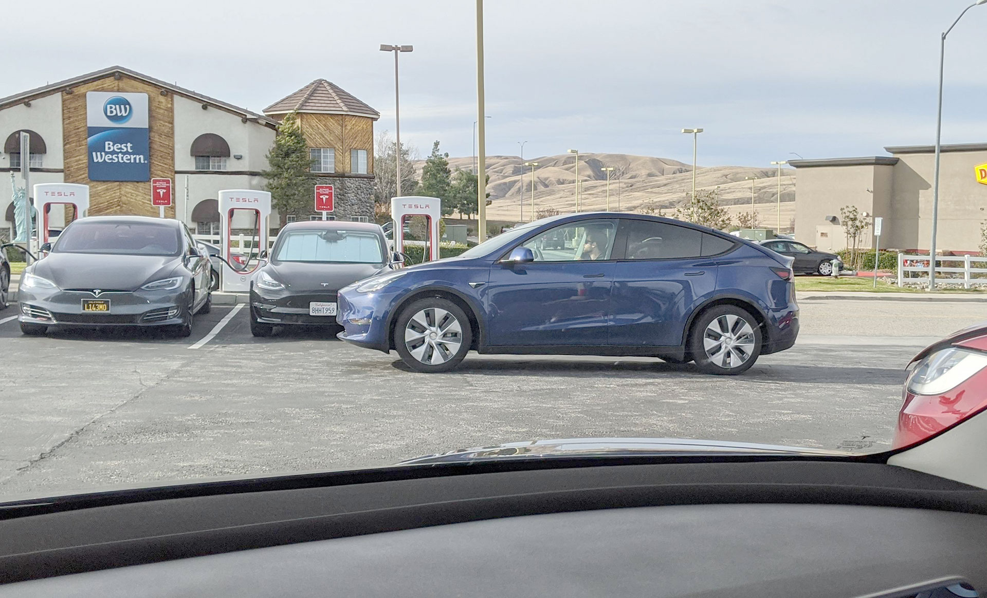 Tesla Model Y spotted at Tejon Pass Supercharger, California.