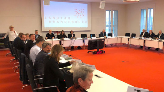 Brandenburg Finance Committee approved the Tesla Gigafactory 4 land purchase contract.