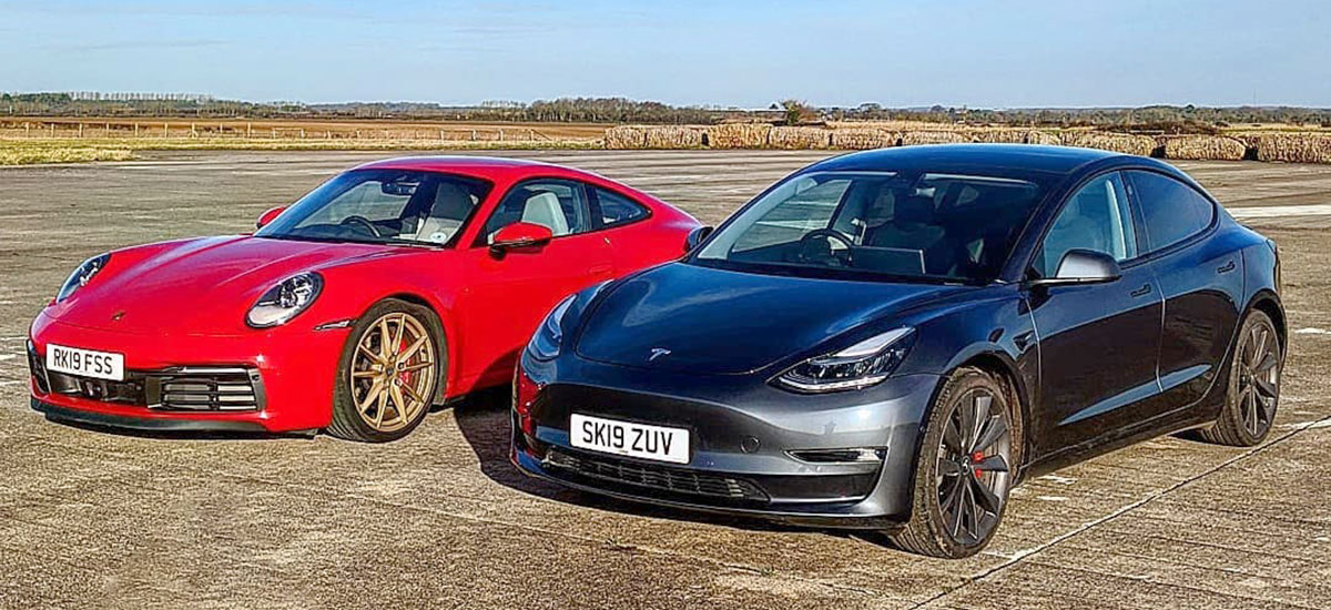 Tesla Model 3 Performance vs. Porsche 911 Carrera S drag race.