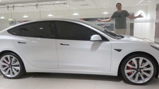 Tesla Model 3 Performance wins Doug Car of the Year 2019 award.