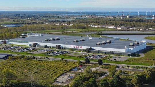 Aerial view of the Tesla Gigafactory 2 in Buffalo, NY.