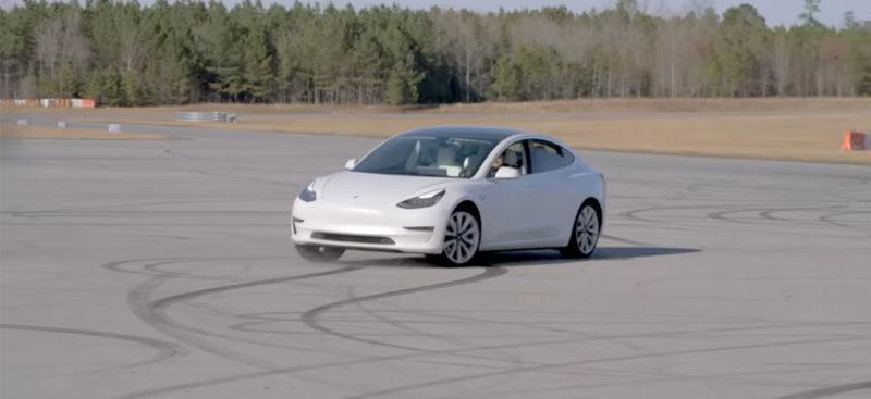 Tesla Model 3 SR+ shredding tires on the race track in Dyno Mode.